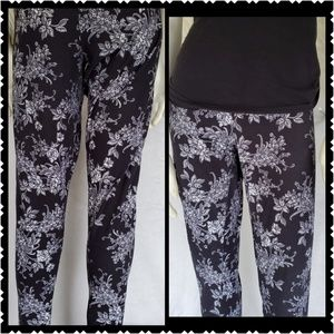 🔥Ultra Flirt Black white XL soft leggings